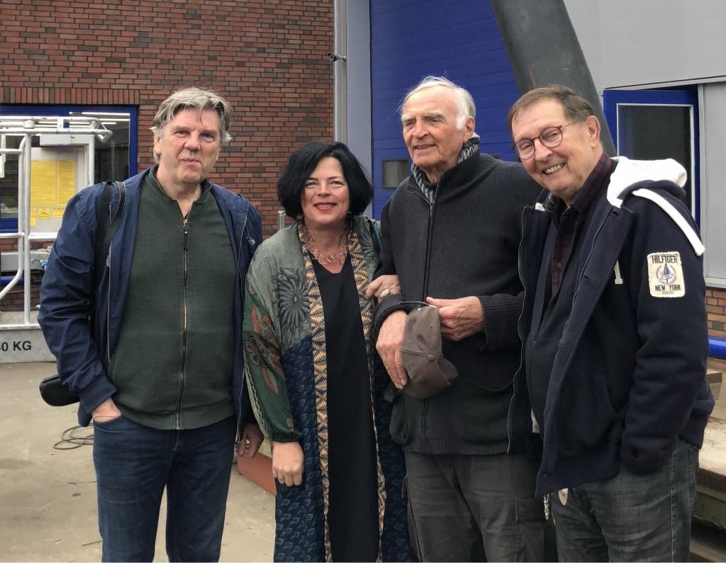 De kunstcommissie vlnr: René Korten, Geertje Pruisers, Auke de Vries en Jan Swinkels.