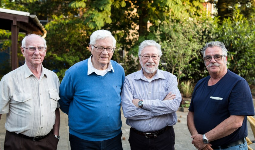 Van links naar rechts: Leo Meulendijks, Arie Stuurstraat, Cor Diemel en Rien Mulder.