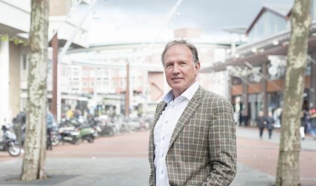 Ward van Hoeckel maakt zich hard voor meer en schonere toiletten in de binnenstad. Foto: Wim van Leeuw