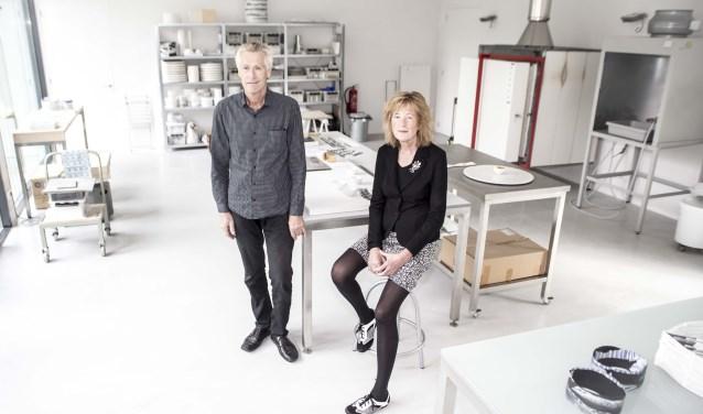 Henk Wolvers en Irene van den Hurk in het splinternieuwe atelierFoto: Niek Geneuglijk