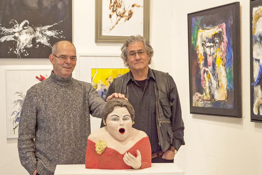 Jan Wijers en Guus Ong tonen hun werk in Het Kruithuis. Foto: Michel van de Langenberg.  © bosscheomroep.nl