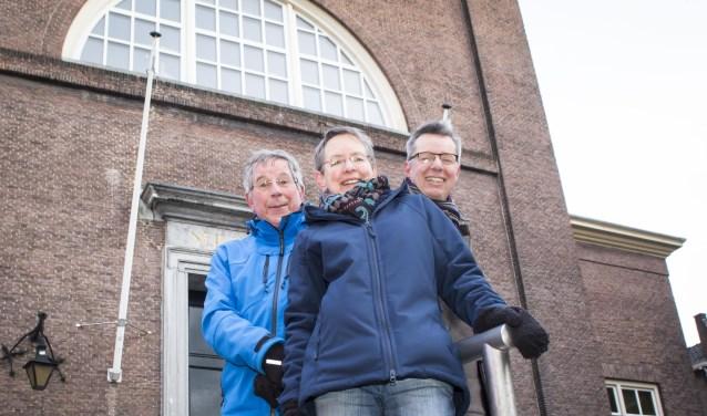 V.l.n.r. Hans Waegemakers (dirigent Melodiek), Machteld Terlingen en Ruud Stiemer. Foto: Niek Geneuglijk