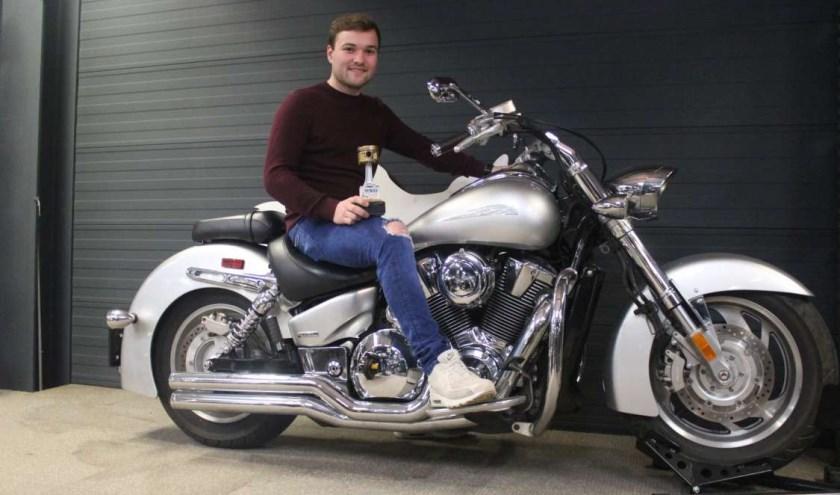Nick Woppenkamp wint Europees kampioenschap motortechniek.