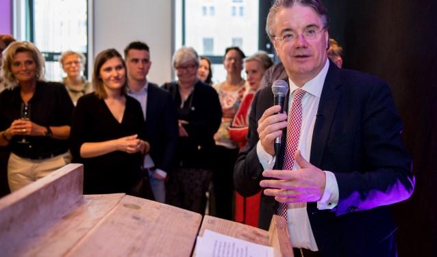 Commissaris Wim va Donk tijdens de opening