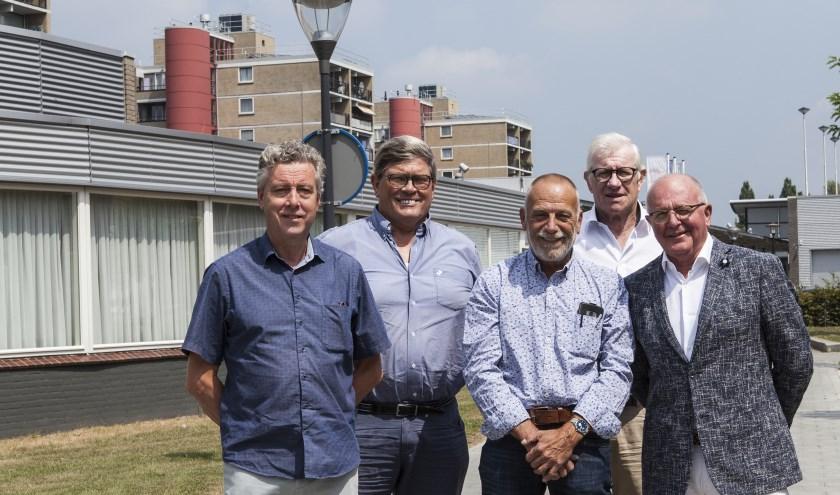 V.l.n.r. René Dullaart, Herman van der Kamp, Hans Kieft, Joop Thissen en Henk Engel. Foto: Michel van de Langenberg