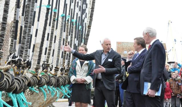 2014: Visserijvoorman Maarten Drijver praat koning Willem-Alexander bij over innovaties in de visserij.