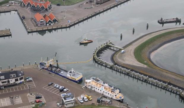 Een foto van de afgesloten haven die Rijkswaterstaat dinsdag verspreidde.