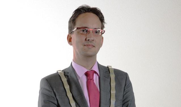 Burgemeester Michiel Uitdehaag. (Foto Gemeente Texel)