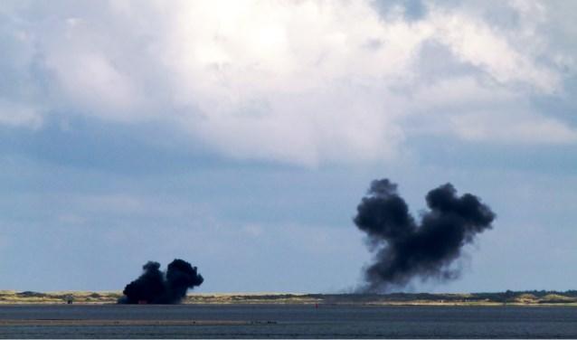 Bombardementen op de Vliehors. (Archieffoto Henk Leyen)
