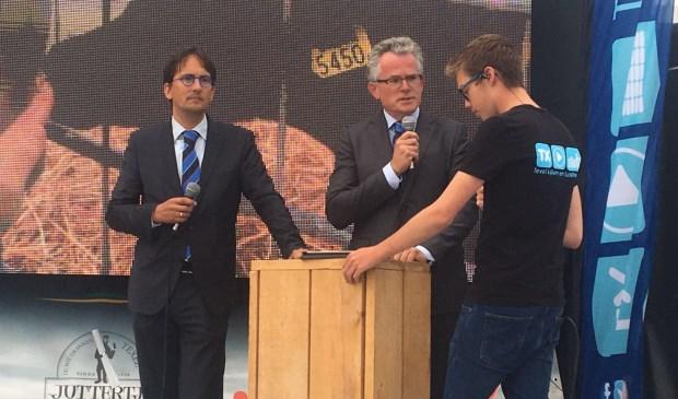 Aron Zeeman op de Hotspot in gesprek met de burgemeesters van Den Helder en Texel.