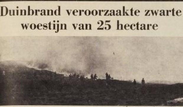 Een grote duinbrand in 1972.