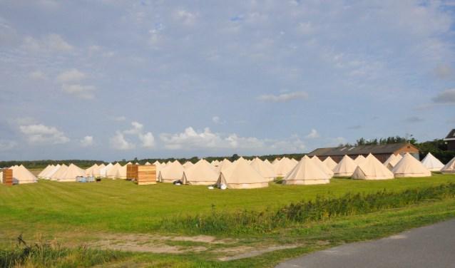 Het tentenkamp dat aan de Pontweg was opgebouwd.