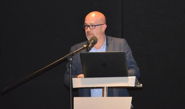 Ronald Biesboer tijdens zijn toespraak op De Krim.