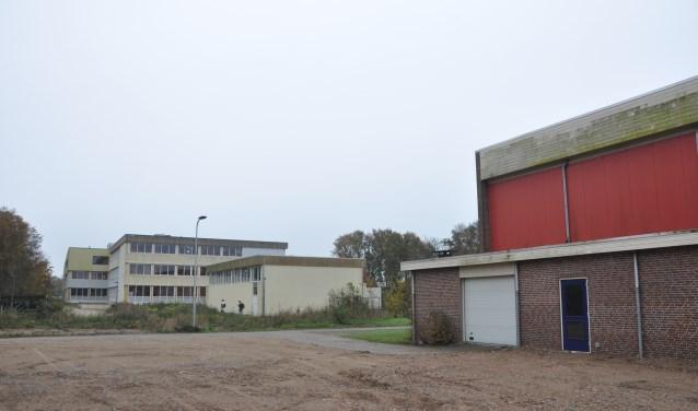 Bedoeling is dat het nieuwe Onderwijscentrum in het verlengde van de OSG wordt gerealiseerd als Ons Genoegen is gesloopt.