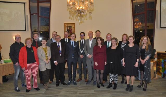De nieuwe Texelse gemeenteraad die gisteravond werd geïnstalleerd.