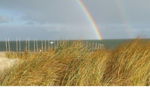 De regenboog bij paal 33.