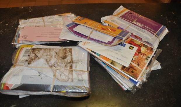 De gedumpte post die in Den Burg werd gevonden.