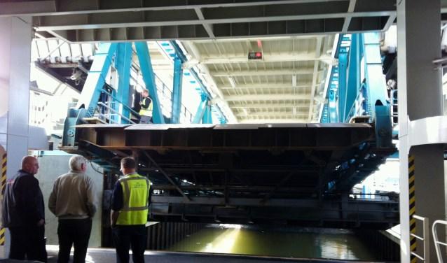 De brug in de veerhaven van Den Helder waar op Goede Vrijdag problemen mee waren.