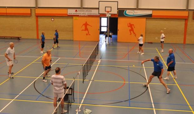 Badminton in Ons Genoegen.