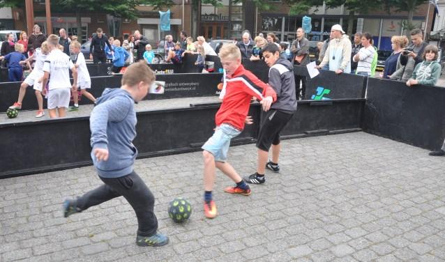 Morgen wordt vanaf 13:00 uur het Texels kampioenschap Panna gehouden op de Groeneplaats in Den Burg.