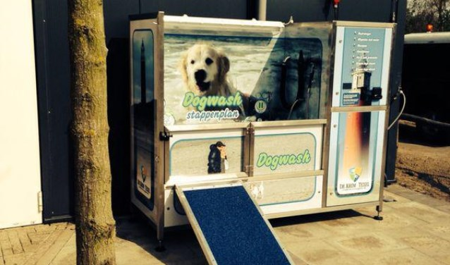 De Krim beschikt over een eigen 'hondenwasstraat'.