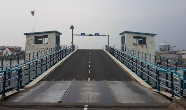 De brug in de veerhaven van Den Helder.