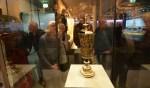 Zilveren pronkbeker uit eeuwenoud scheepswrak