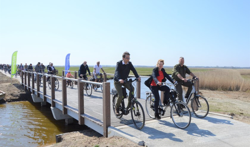 Opening nieuwe fietspad Waalenburg