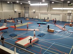 Apenkooi in TXL sporthal daverend succes