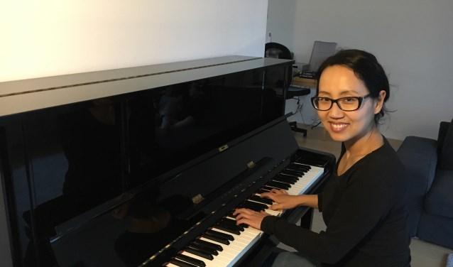 Bora Choi is een veelzijdig pianiste. Zie ook het filmpje, waarop ze muziek van Bach speelt.
