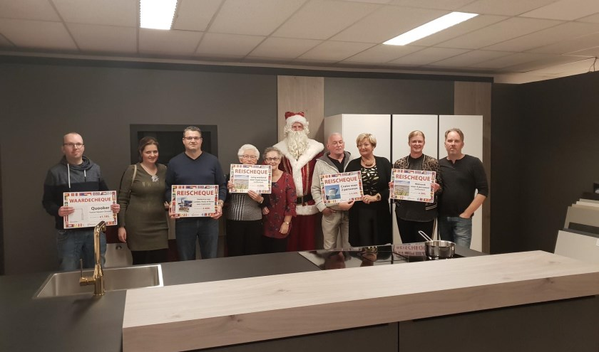 Een aantal gelukkige winnaars tijdens het prijzenfestival van Tabak Keukens.