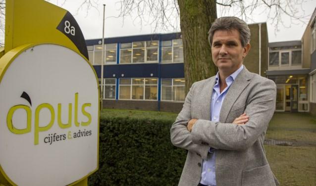 Jan Tabak, accountant bij Apuls in Burgum, nodigt ondernemers én sollicitanten uit nieuwe uitdagingen aan te gaan in 2019.