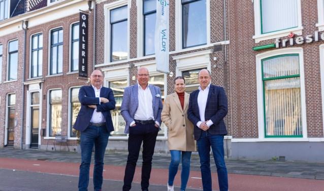 Van links naar rechts: Martin Nicolai, Ronald Seinen, office manager Willemijn Bosma en René van de Graaf.