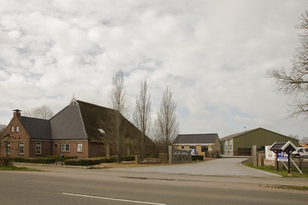 Het terrein van Woudweg 17 in Noardburgum - locatie Heide State - wordt omgebouwd tot recreatielocatie door de cliënten en werkbegeleiders van Royal Werkbedrijf. Foto: Actief Media © Actief Media