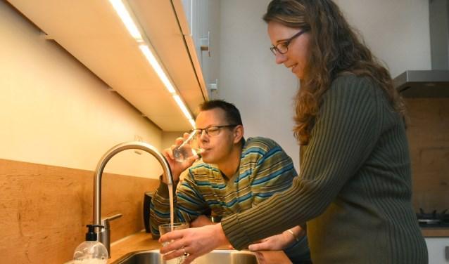Wilco en Maaike Veenstra uit Drachten kozen vorig jaar voor een waterontharder van Mezutec.