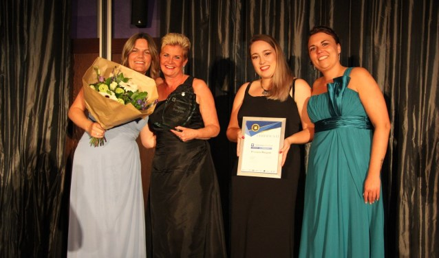 Het team van D-reizen Burgum, v.l.n.r.: Jessica Deug, Astrid Roorda, Marissa van der Woude en Judith Roorda.