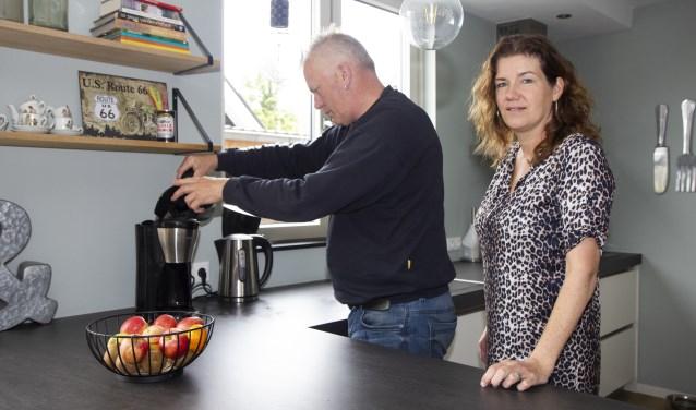 Het koffiezetapparaat hoeft niet meer te worden ontkalkt, merken Alle de Vries en zijn vrouw Petra Hager.
