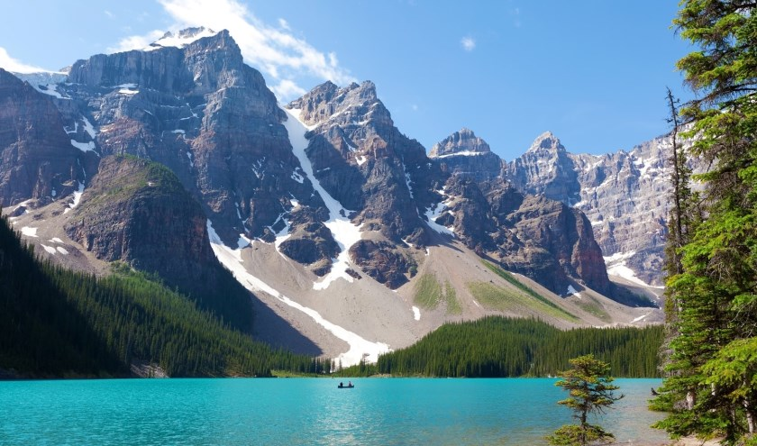 Lake Louise staat bekend als de parel van de Rocky Mountains.