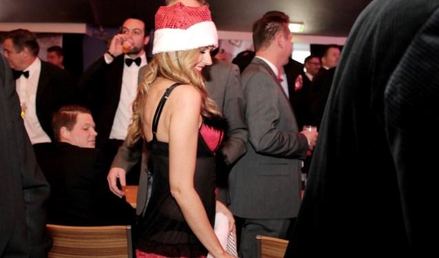Naast zang, dans, humor uiteraard ook erotiek op de Herenzitting Huissen, alleen voor mannen. Zondag 17 december in De Buitenpoort. (foto: Benno Arends)
