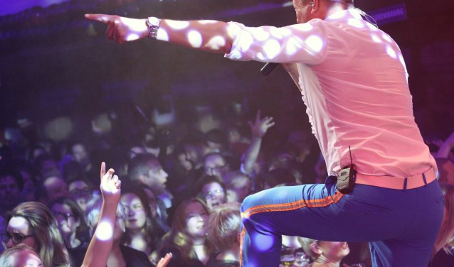 Retteketet brengt het publiek met muziek naar hogere sferen. (foto: Retteketet Showband)