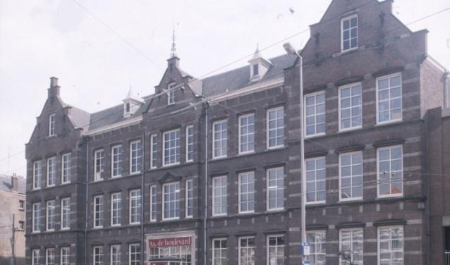 De LTS aan de Boulevard Heuvelink. (foto: Fotograaf gemeentearchief Arnhem)