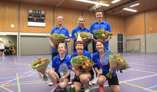 Van links naar rechts: Marcel, Patrick, Frank, Nienke, Angelie en Eefje