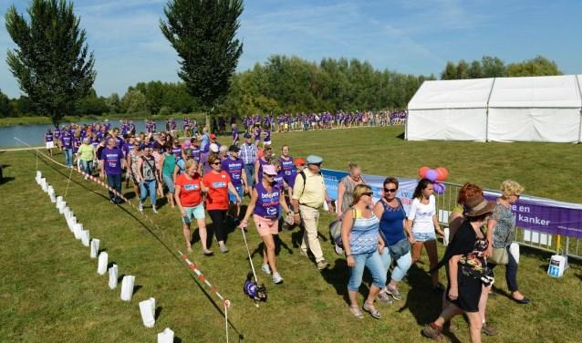 Wandelestafette van samenloop voor hoop in het Horstenpark (foto: Organisatie Samenloop voor Hoop