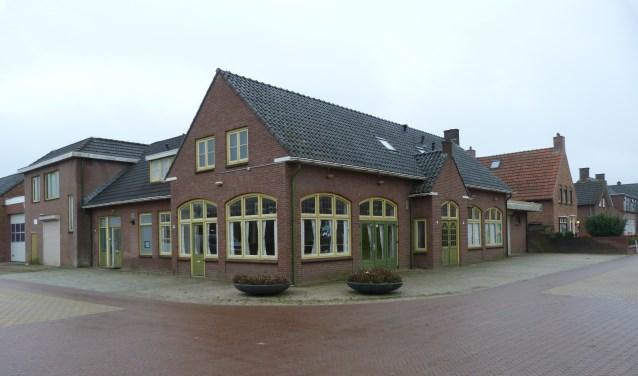 Pand Carolus hoek Fazantstraat-Korte Molenstraat, Driel. foto: Roel Wagenaar)