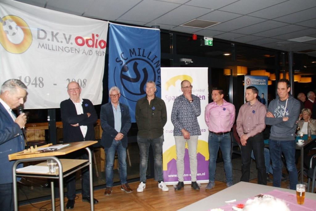 40 jaar:Henri Erinkveld, Hans Bach, Sander Hock, Coen Strijbos, Henk Buil, Richard Buil en Sander Joosten (foto: Emiel Hermsen en Hans Driessen)  © Hét Gemeentenieuws