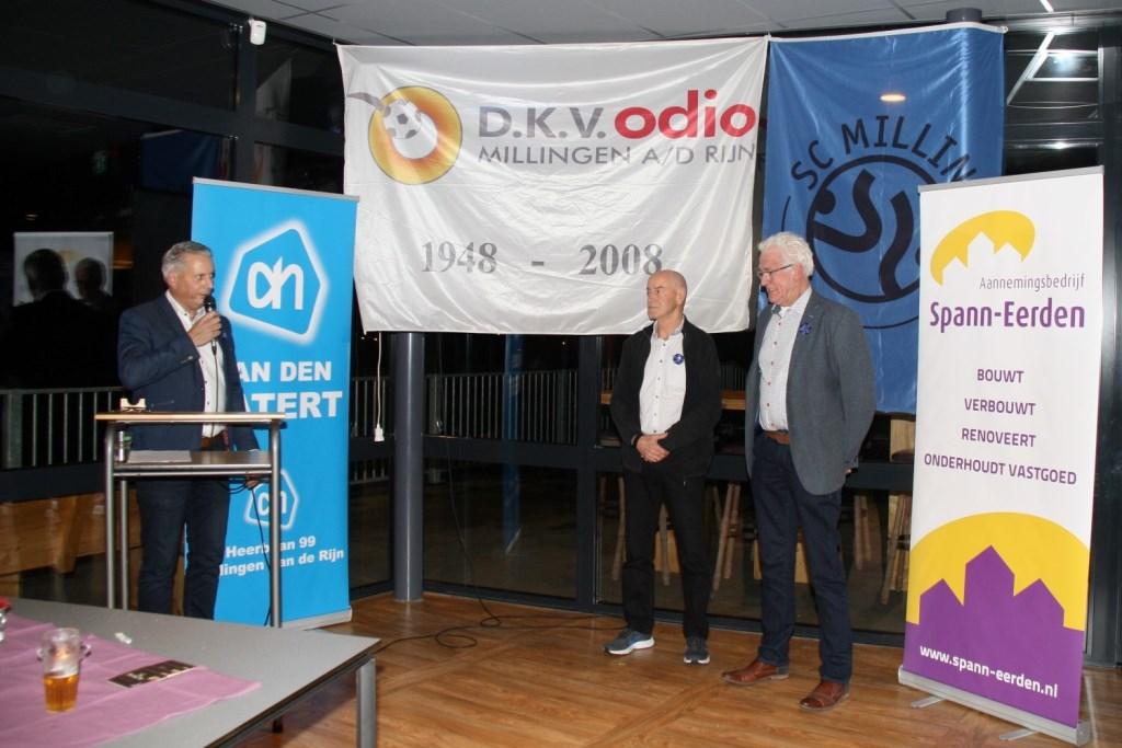 60 jaar: Sjaak Janssen en Theo Brouwer (foto: Emiel Hermsen en Hans Driessen)  © Hét Gemeentenieuws