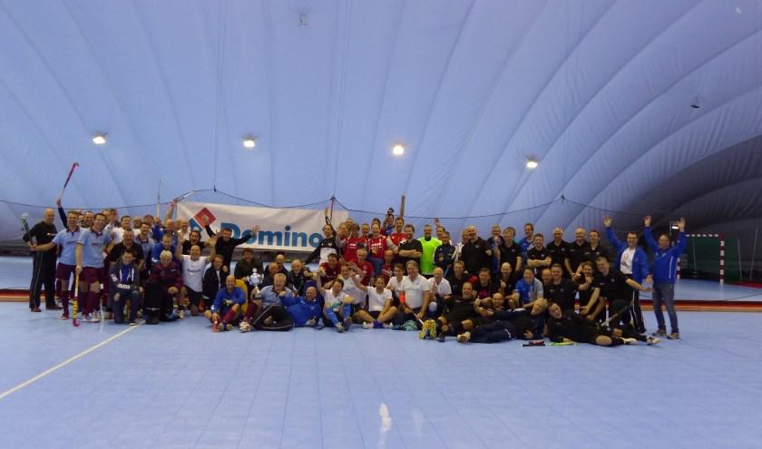 Deelnemers veteranen AirDomino's. (B. Holkamp)