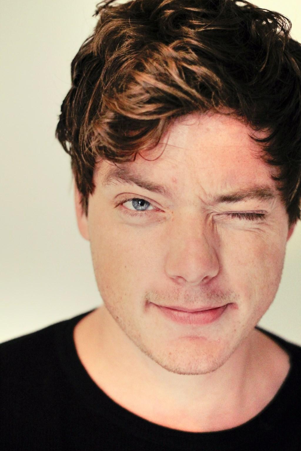 Benjamin van der Velden speelt op 12 januari in Theater de Klif.
