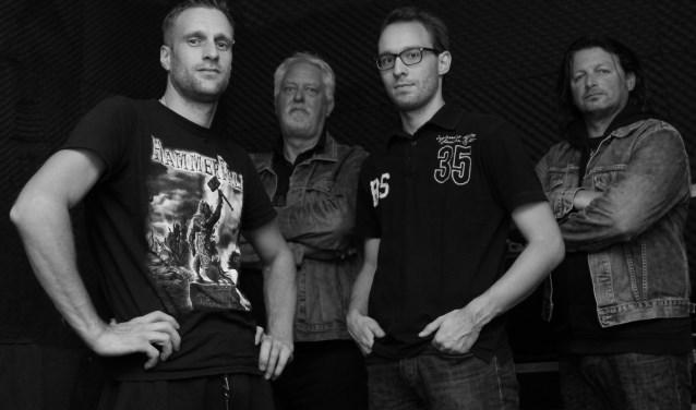 Van links naar rechts: Marcel van Leijen, Jan Woldberg, Sjoerd Dirksen, Engel van IJmeren.(foto: Donja Woldberg)