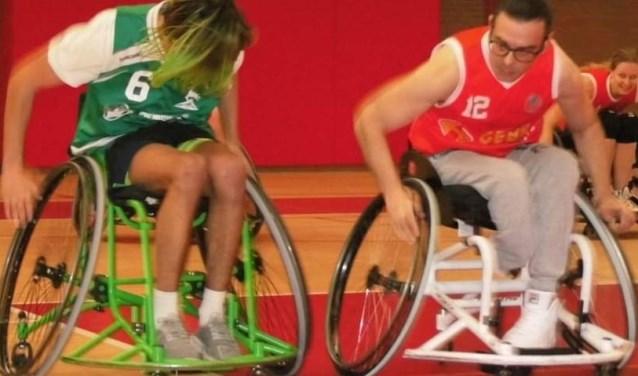 Maarten Groenendijk die met gemak laat zien wie de snelste is. (foto: René Bosch)